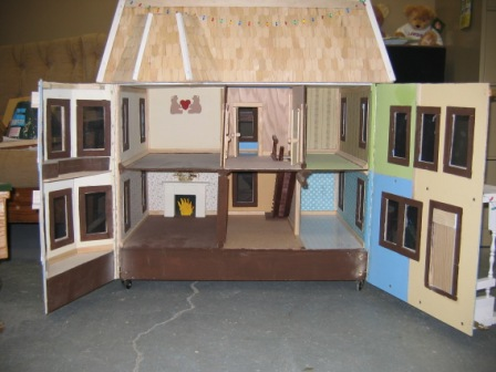 Doll House Inside
